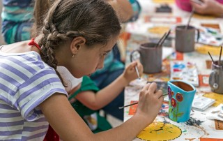 Grit in education using the arts